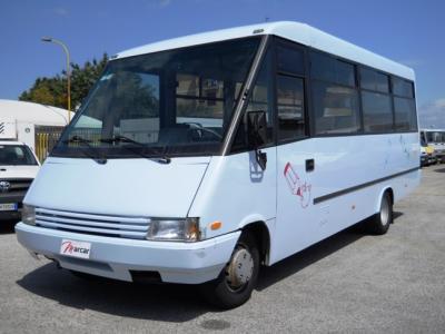 Daily carvin autobus 25 posti